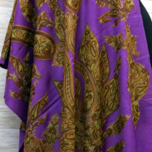 Kashmir Aari Embroidery Scarf