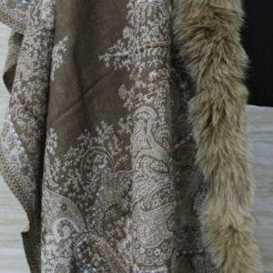 Cashmere Fox Fur Trim Scarf